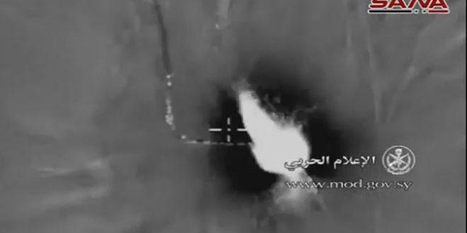 """الطيران الحربي الروسي يدمر رتل آليات لتنظيم """"داعش"""" الإرهابي في ريف تدمر"""