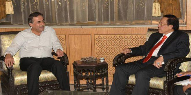 محافظ حلب يبحث مع السفير الإندونيسي في سورية سبل التعاون في مجال الاستثمار وإعادة الإعمار