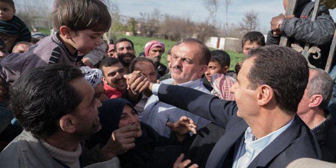 الرئيس الأسد يلتقي عددا من أهالي الغوطة الشرقية