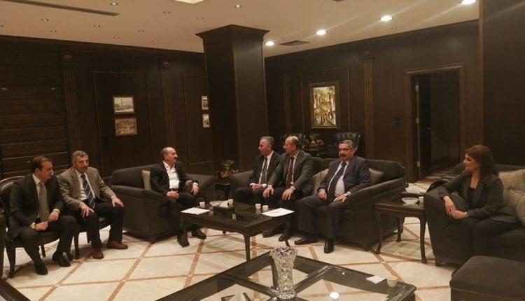 وزير الداخلية يلتقي المكتب التنفيذي لاتحاد الصحفيين ..